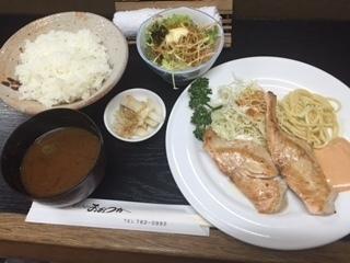キッチン おおつか5.JPG