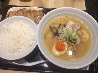 ちびまる餃子3.JPG