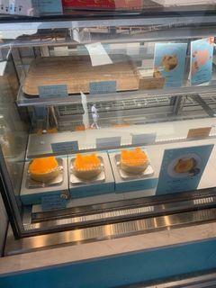 ねこねこチーズケーキ アスナル金山店2.jpg
