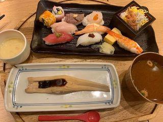 ふらり寿司 栄店4.jpg
