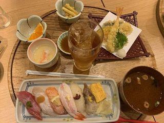 ふらり寿司 栄店5.jpg