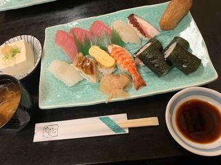 やよい寿司 本店3.jpg