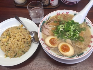 ラーメン魁力屋2.JPG