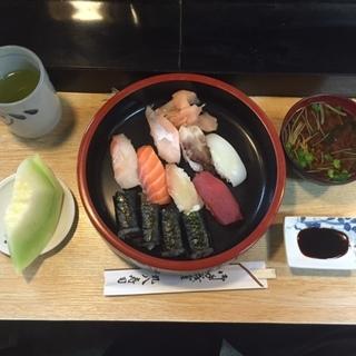丸八寿司 滝子店3.JPG