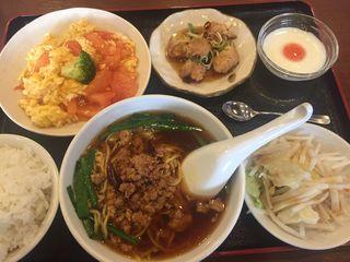 台湾料理 美味館 滝の水店3.JPG