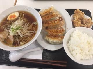 東京餃子軒2.JPG