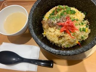 石焼牛肉炒飯 柿安3.jpg